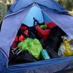 2ème tente que l'on utilise pour mettre remorques et bagages. Bien pratique !