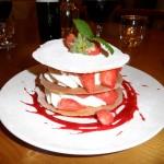 Feuillantines aux fraises et chantilly